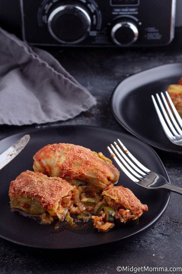 Stuffed cabbage rolls recipe cooked in the crockpot