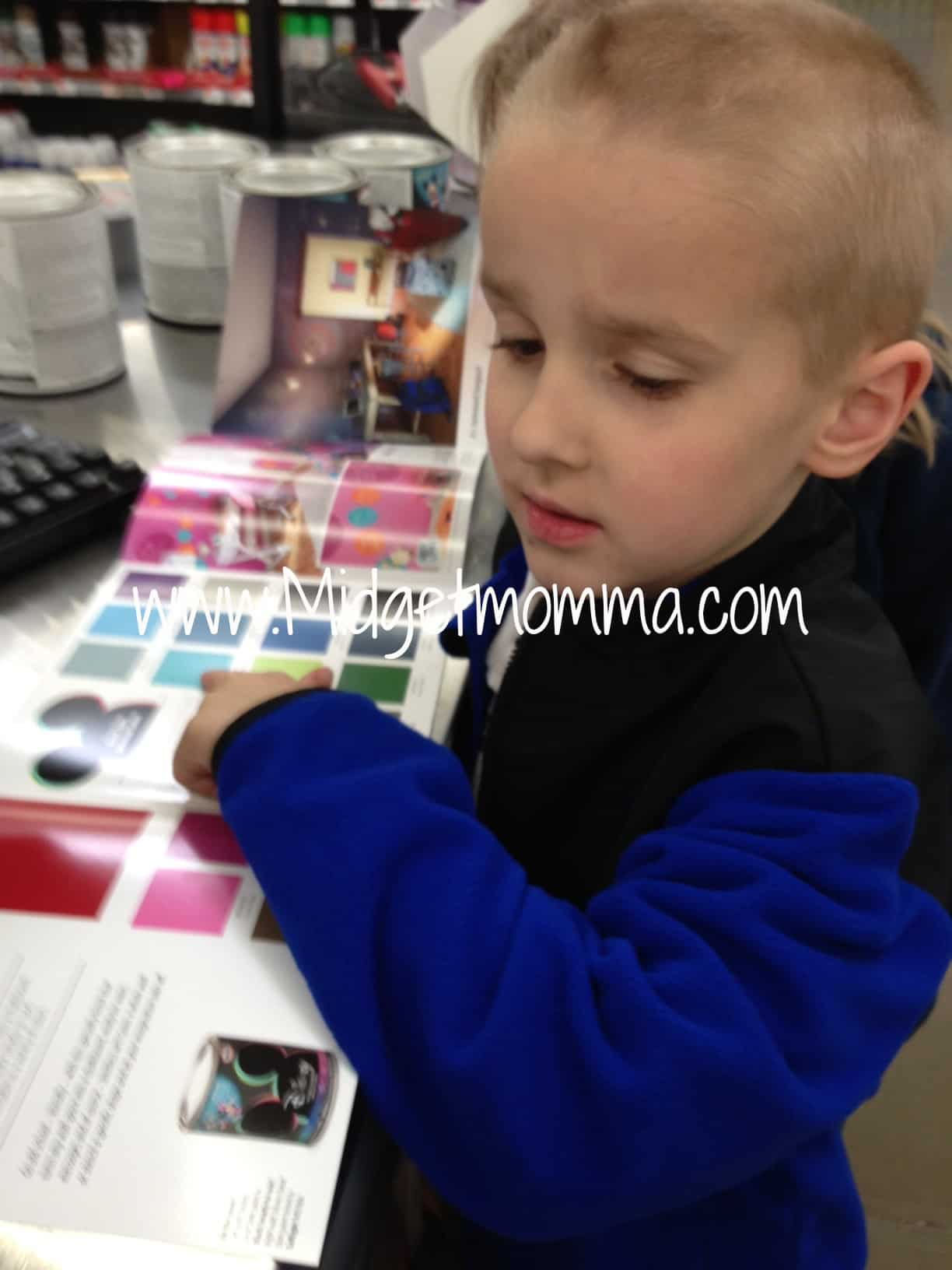 Checking out the New Disney Glidden Paint at Walmart! #DisneyPaintMoms