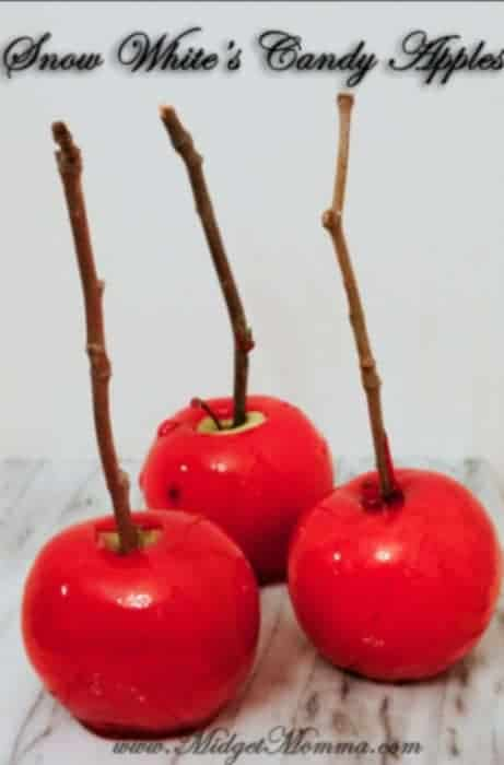 These Snow White's Candy Apples Recipe are sweet Halloween treat that even snow white herself would have a hard time to turn down.