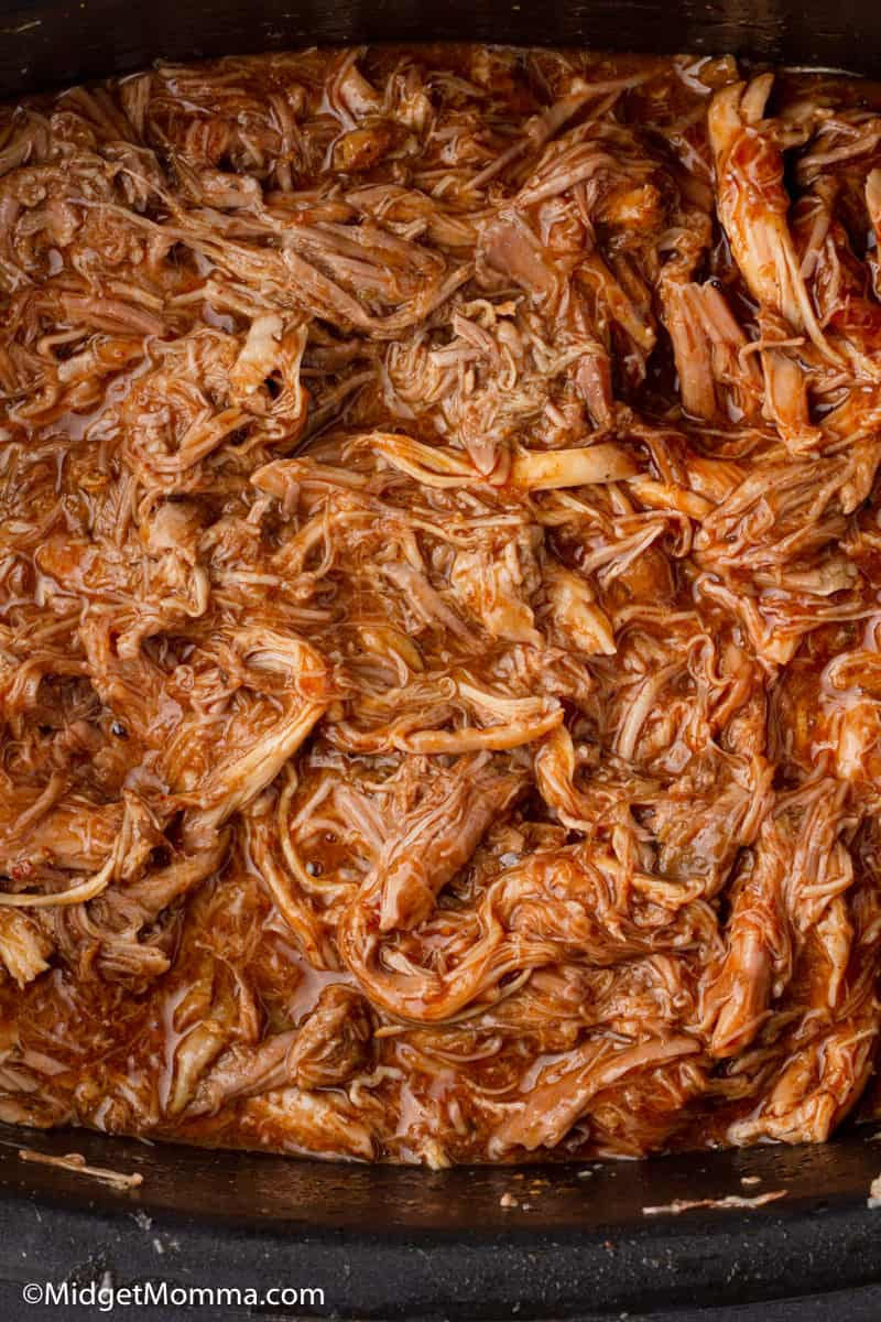 slow cooker pulled pork cooked in the slow cooker