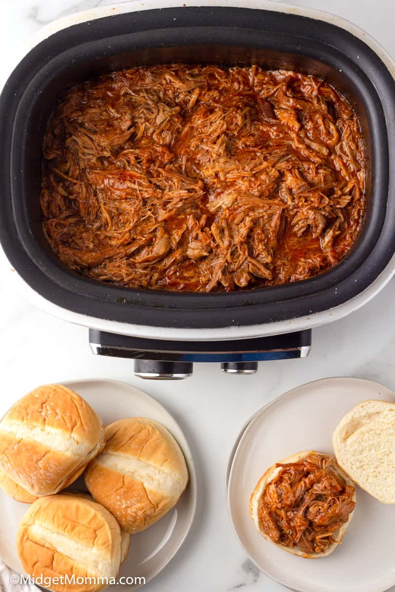 slow cooker pulled pork in the slow cooker