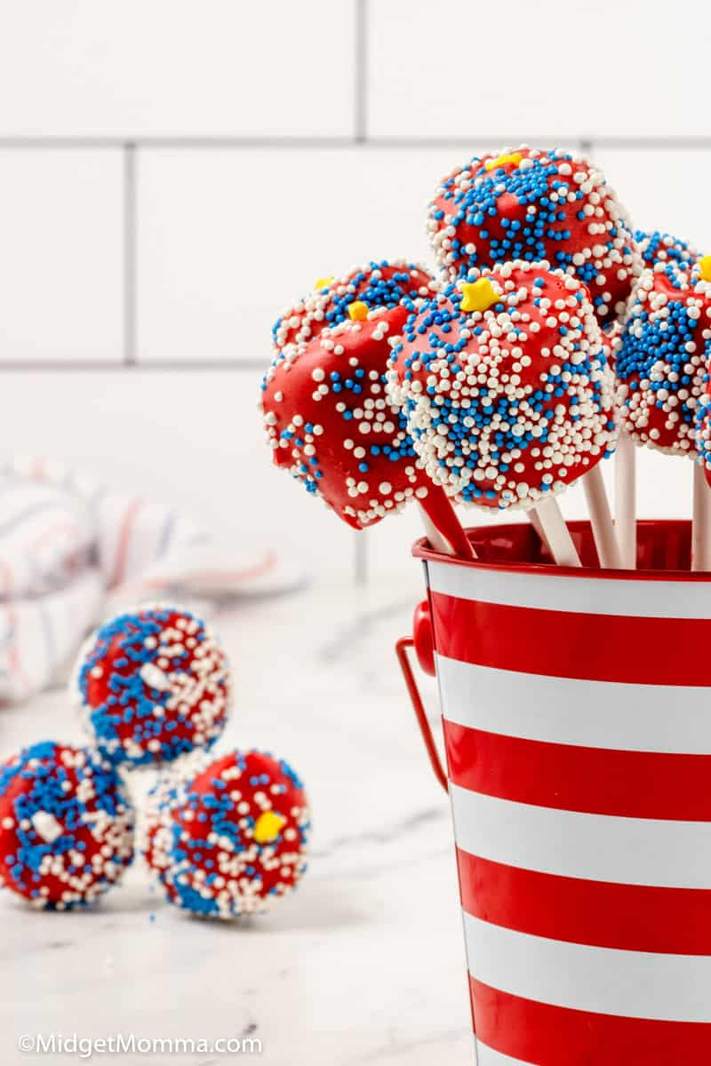 Patriotic Chocolate Covered Marshmallow Pops