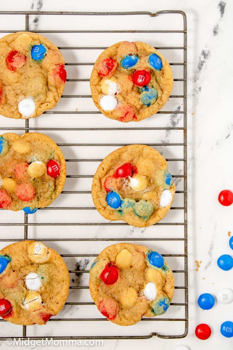 4th of july cookies cooling on a baking rack