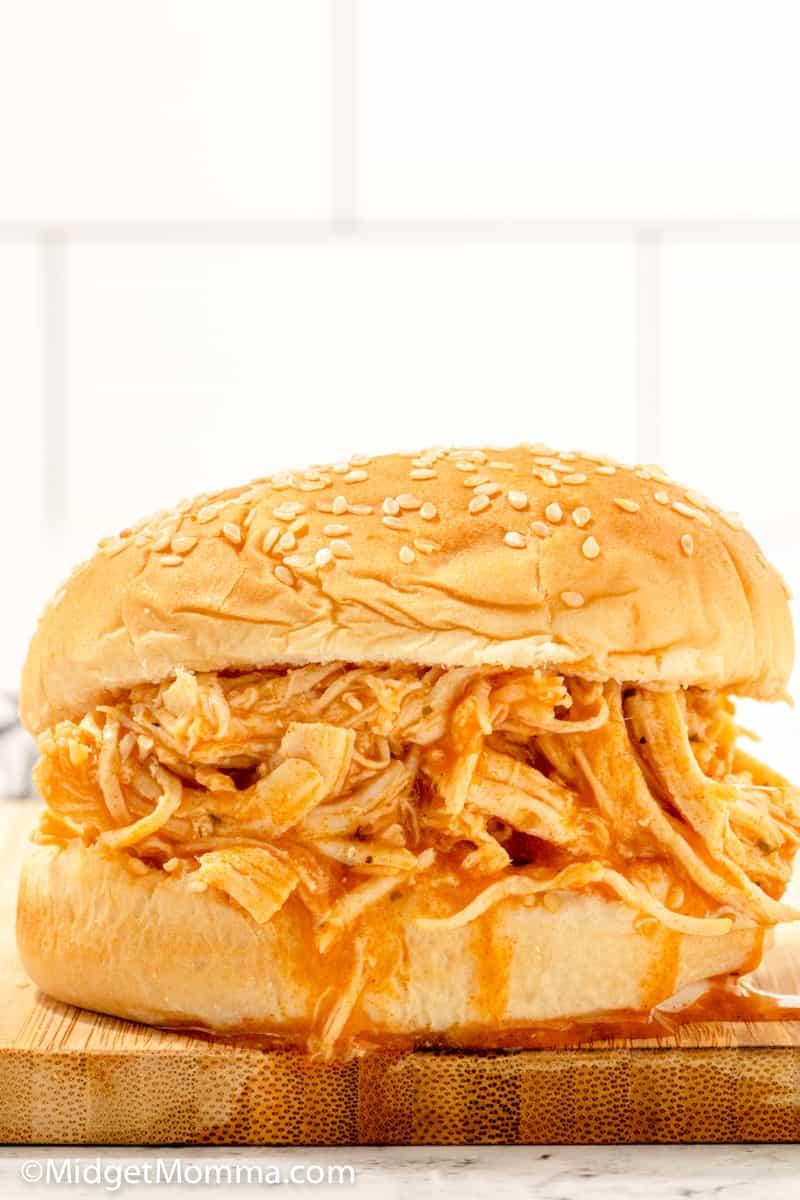 Slow Cooker Buffalo Chicken SandwichSlow Cooker Buffalo Chicken Sandwich
