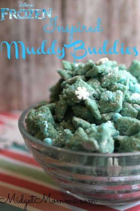 These Frozen Muddy Buddies have your crunch, your creamy, and your sweetness all in one bite­ with the slightest hint of salty.
