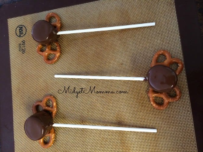 Reindeer Marshmallow Pops on a stick
