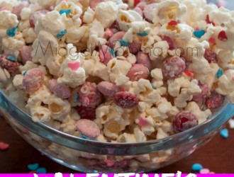 Valentine's Popcorn with Homemade Popcorn