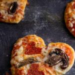 Easy Heart Pizza