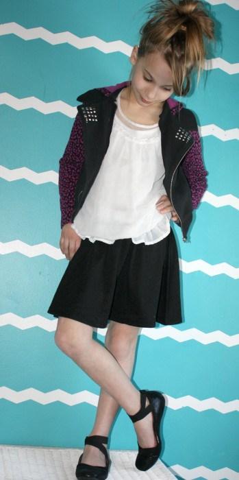 kohl's spring D-signed line black skirt