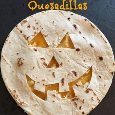 Jack O Lantern Quesadillas are super easy to make! Jack O Lantern Quesadillas take just a few minutes to make too! Kids will love Jack O Lantern Quesadillas