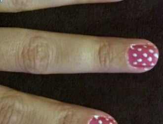 DIY Minnie Mouse Nails