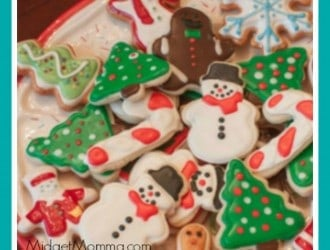 Making & Decorating Perfect Sugar Cookies. Everything you need to know from dough, baking, decorating and making icing for homemade sugar cookies. Easy No Spread Christmas Sugar Cookies! These Christmas sugar cookies are the best you are going to find. The cookie dough is sugar cookie and it does not spread. Gives the best and perfect sugar cookies everytime. Step by step direction on how to make sure you christmas cookies do no spread. Best Sugar Cookie recipe for making christmas cookies