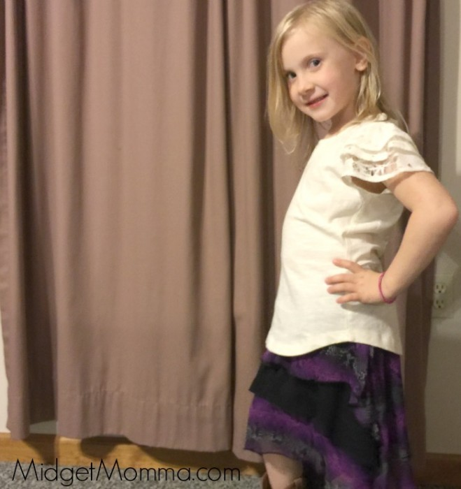 Kohl's Disney Descendants Clothing skirt