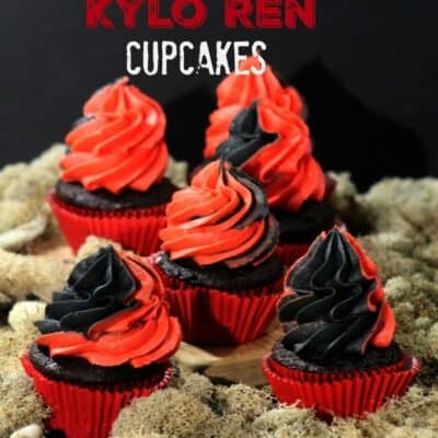 Star Wars Kylo Ren Cupcakes A fun cupcake to make for a Star Wars Party. Red and black Star Wars Kylo Ren Cupcakes that are fun too! Star Wars Party food, Star Wars cupcakes, Star wars snacks, star wars themed cupcake, star wars themed food.