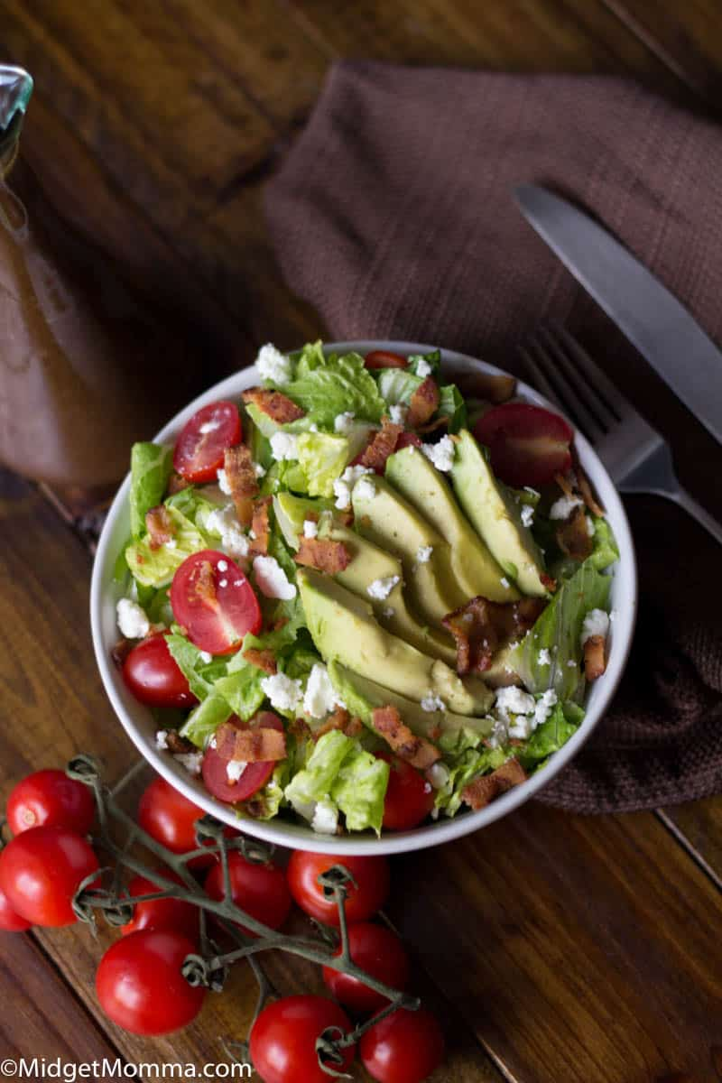 This fresh made Avocado BLT Salad is easy to make and the perfect summer salad recipe. The traditional bacon lettuce and tomato sandwich with a twist and turned into one amazing fresh salad! in a bowl