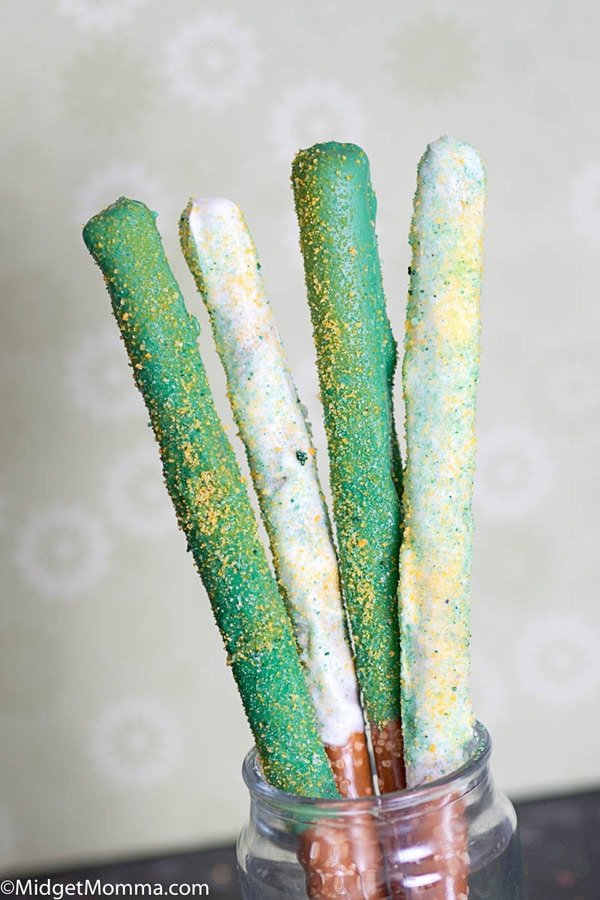 St. Patrick's Day Chocolate Covered Pretzel Sticks