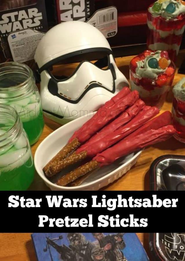 Star Wars Lightsaber Pretzel Sticks are a MUST for a Star Wars Party snack. Star Wars Lightsaber Pretzel Sticks are easy to make and fun too! Star Wars Party food, Star Wars cupcakes, Star wars snacks, star wars themed cupcake, star wars themed food.