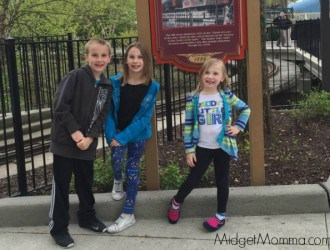 """The Kids First Trip to Dorney Park! + My Moms first time on a """"spinner"""" ride!"""