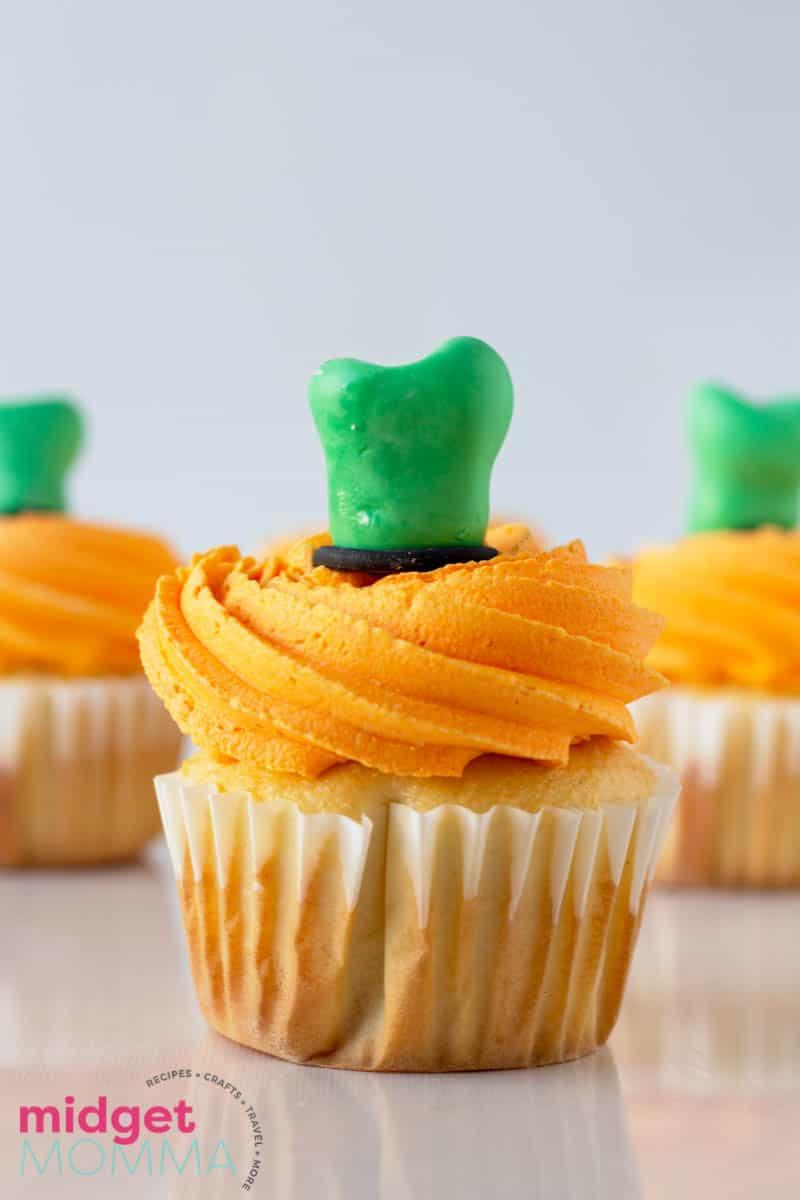 goofy hat cupcakes