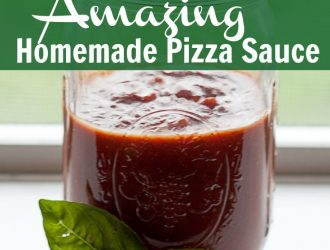Homemade Pizza Sauce is so easy to make and it tastes soo much better then the canned or jarred stuff! Make you own Homemade Pizza Sauce at home