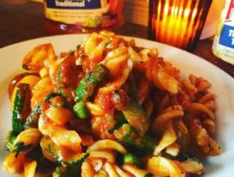 Making Family Dinner with New RAGÚ® Homestyle Pasta sauce