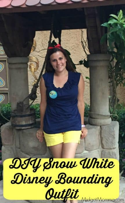 Snow White Disney Bounding Outfit. Easy to make DIY outfit to be dressed as Snow White while you are in Disney World. Make your own shorts to match