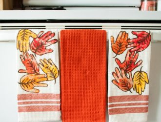 DIY Leaf Handprint Hand towels