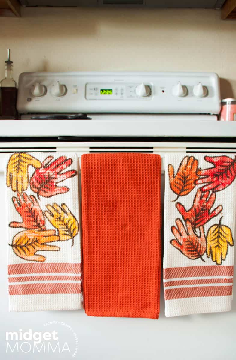 Diy Leaf Handprint Hand Towels Midgetmomma