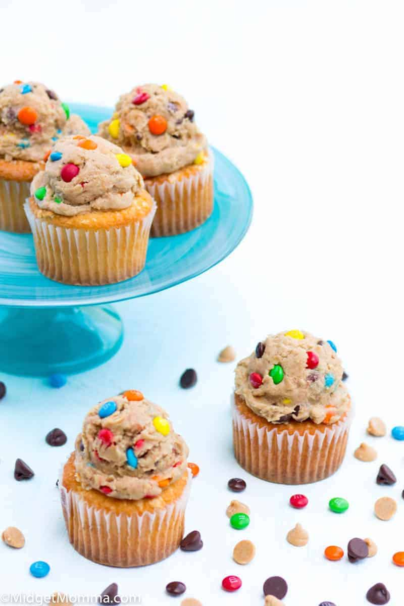monster cookie frosting cupcakes