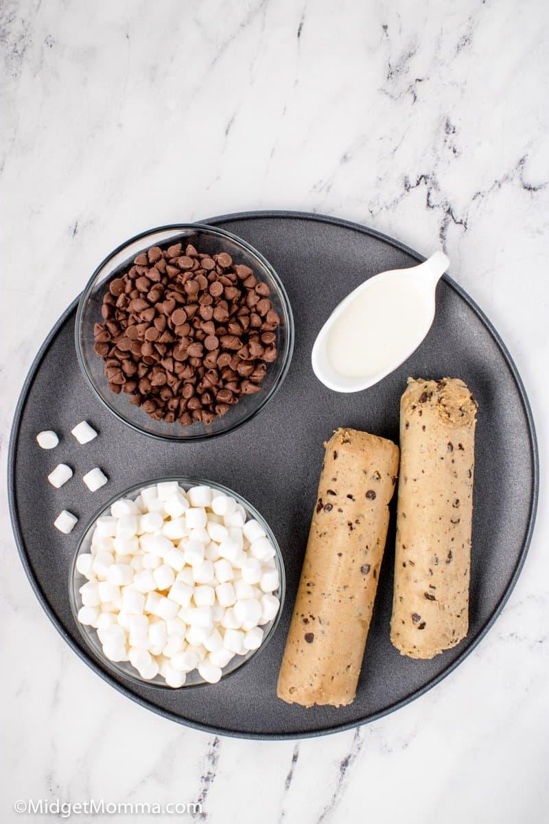S'mores Cookie dessert Pizza ingredients