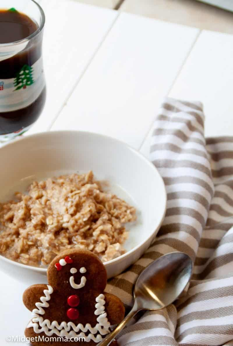Gingerbread oatmeal in a bowl