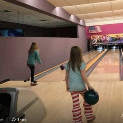 Kids Bowl Free - 2 kids bowling