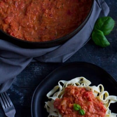 This creamy tomato sauce tastes just like it came out of a chef's kitchen! Bursting with flavors of tomato, garlic and the addition of spices and heavy cream.
