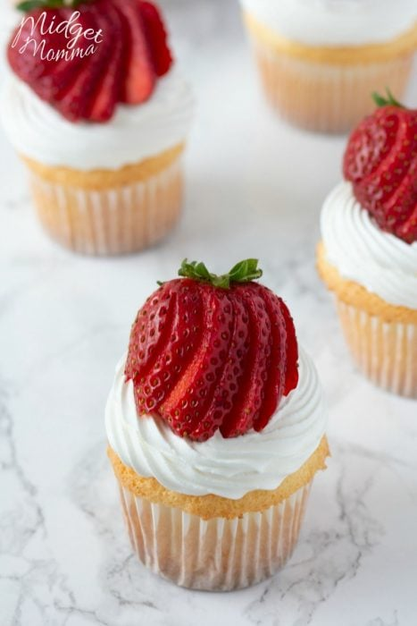 angel food cake cupcakes