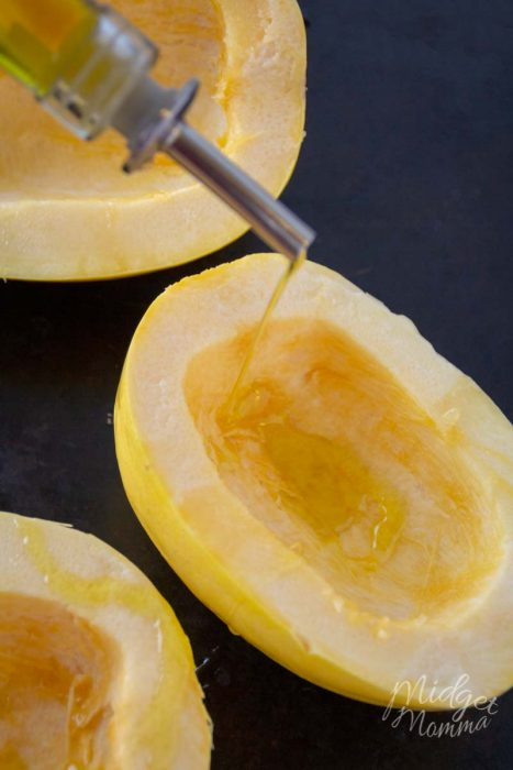 how to cook spaghetti squash in the oven