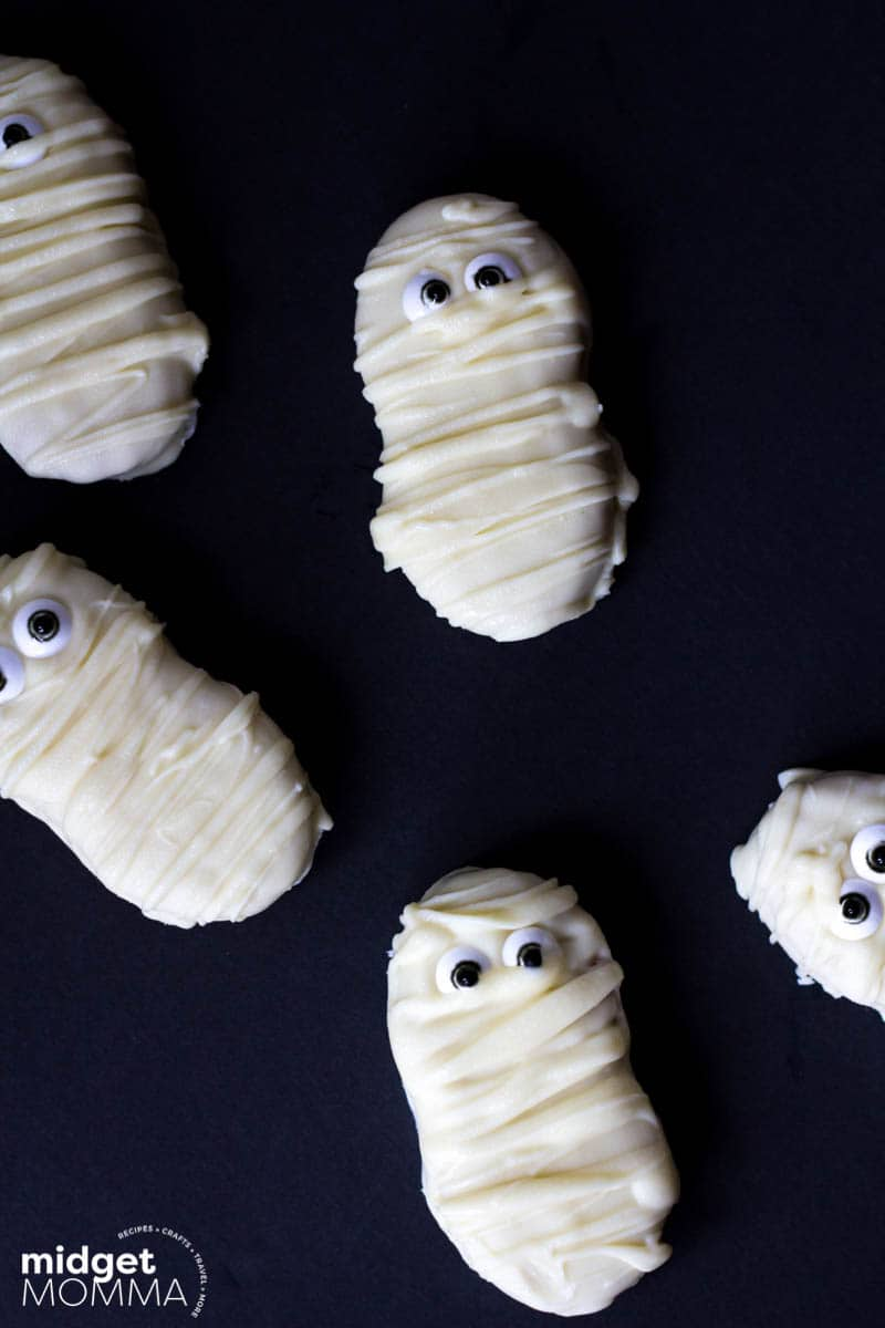 Mummy Nutter Butter Cookies