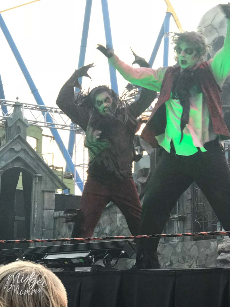 4 Reasons To Check Out Six Flags Great Adventure Fright