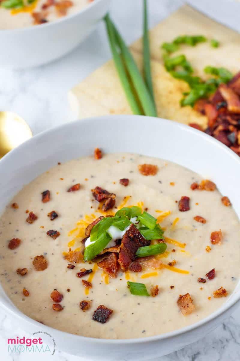 Crock-pot Bacon Cheddar Cauliflower Soup Recipe