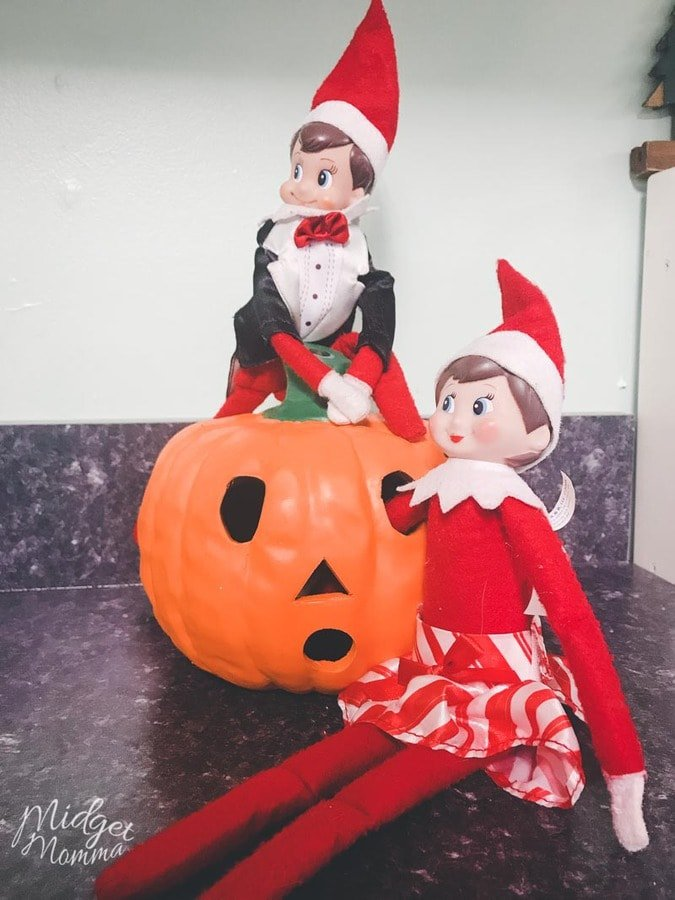 Elf on the Shelf Ideas- Elf on the Shelf Decorate for Halloween