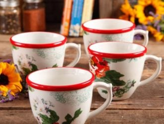 Reduced to Eight Dollars!   The Pioneer Woman Flea Market 17 oz set of Decorated Coffee Cups!