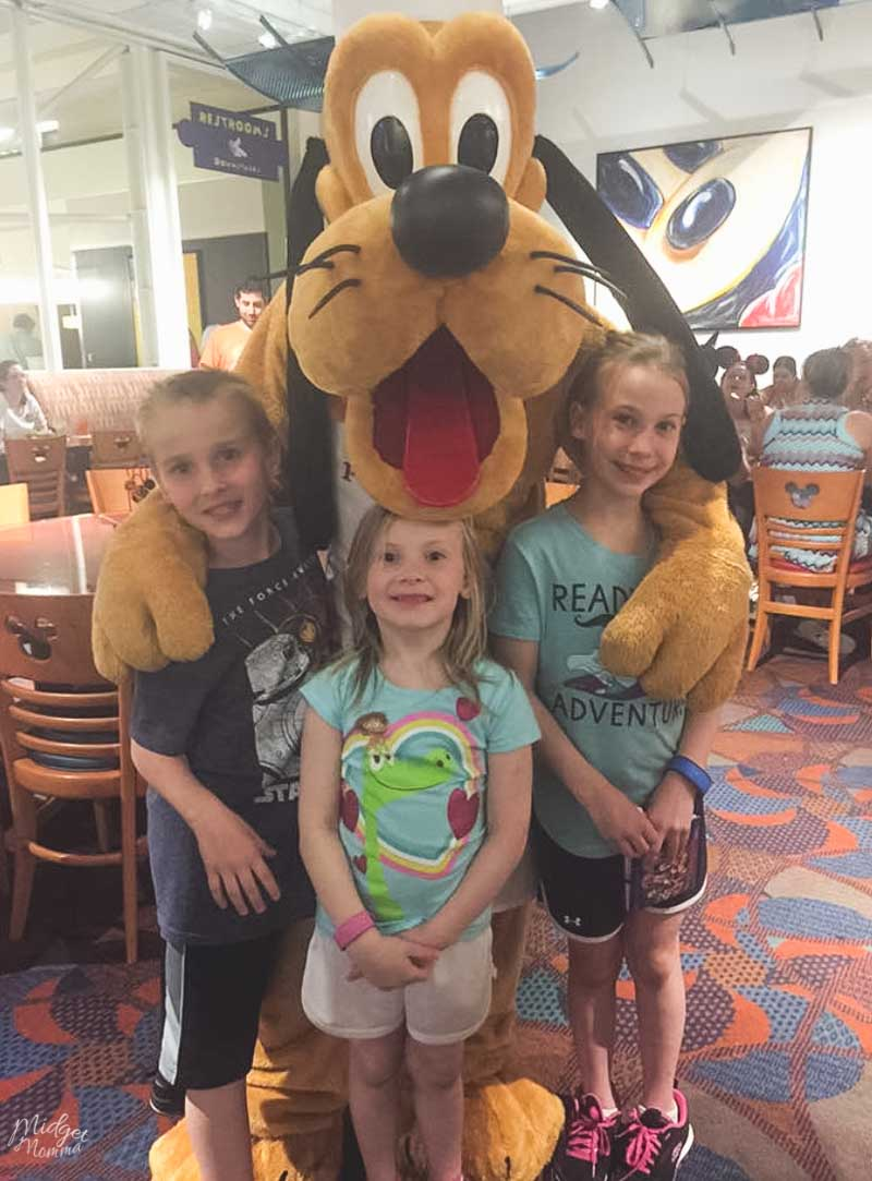 Dine with Pluto at Disney World