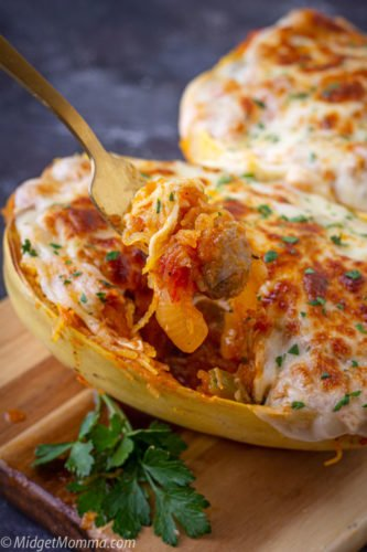 spaghetti squash stuffed with Sausage and peppers