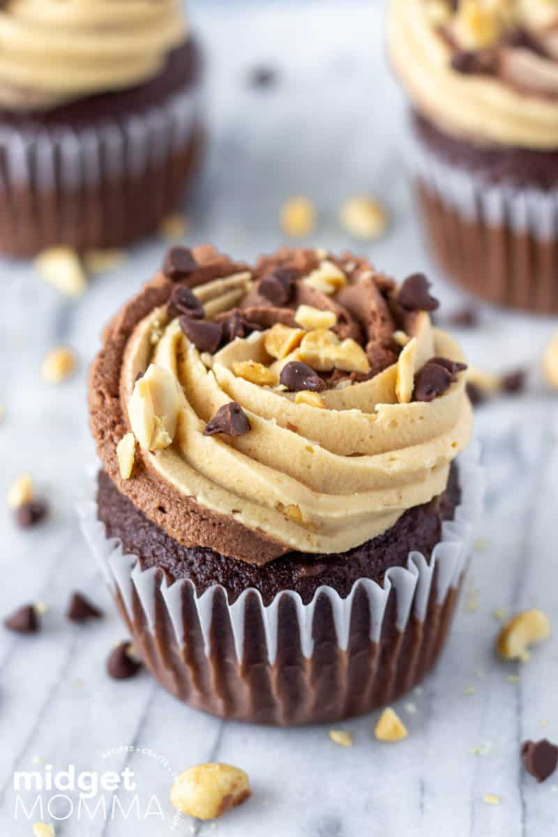 Chocolate Cupcakes with Chocolate Peanut Butter Buttercream