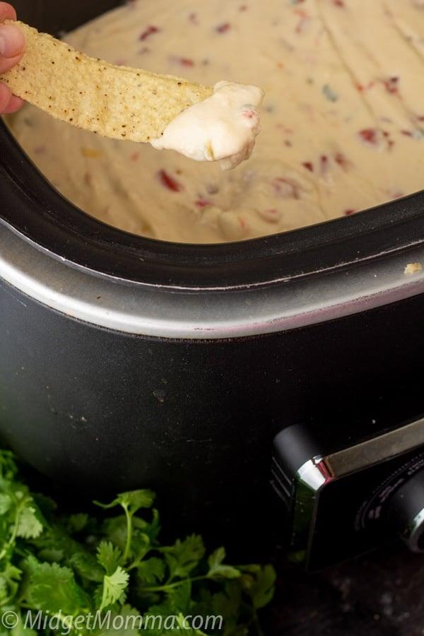 Crock Pot White Queso Dip-