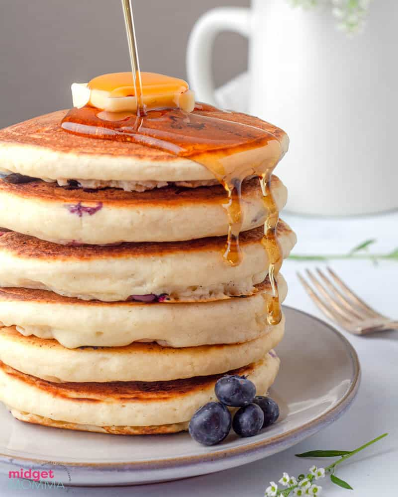fluffiest blueberry pancakes