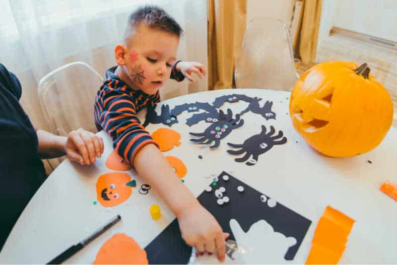 toddler halloween party crafts