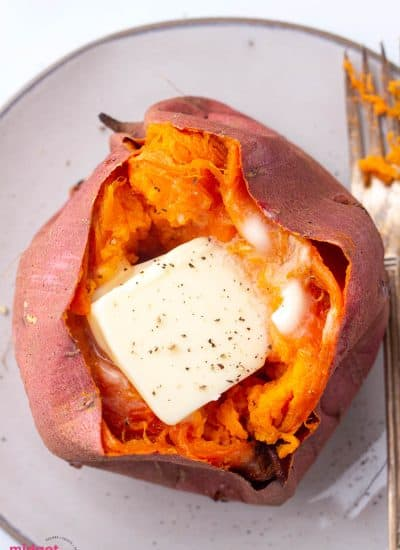 Easy Oven Baked Sweet Potatoes (How to Bake Sweet Potatoes)