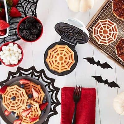 Dash Spiderweb Mini Waffle Maker